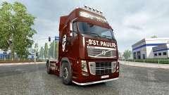 Pele FC St. Pauli em um caminhão Volvo