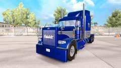 A pele Azul-cinza no caminhão Peterbilt 389