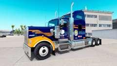 Pele Denver Broncos no caminhão Kenworth W900