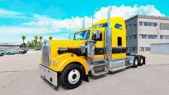 A pele de Ouro Preto no caminhão Kenworth W900