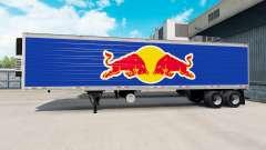 A pele da Red Bull no semi-reboque-geladeira