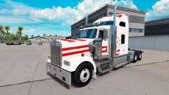 Pele Áustria, em caminhão Kenworth W900