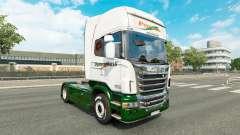 Pele Panexpress no trator Scania