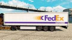 A FedEx Express pele para reboques