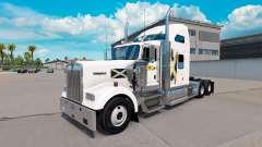 Pele Escócia no caminhão Kenworth W900