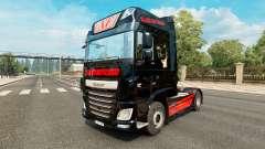 A pele do Gato Preto Trans para o caminhão DAF
