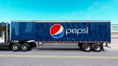 Pele Pepsi em uma cortina semi-reboque