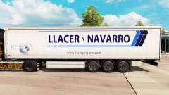 Pele Llacer y Navarro em uma cortina semi-reboqu