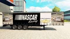 A pele da NASCAR em uma cortina semi-reboque