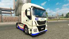A pele FINA no caminhão Iveco Hi-Way